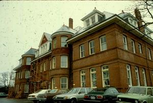 27-Hayward-Heights.0003.jpg